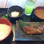 38261006 - 目抜けの味噌焼き(ご飯小)830円