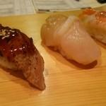 トキワ寿司はなれ - 穴子    車海老  各220円  ほたて180円