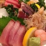 寿司割烹 権太郎 - 刺身盛り合わせ(2人前)