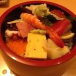寿司割烹 権太郎 - ちらし(上)