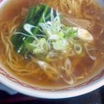 赤兎 - 香味醤油らーめん 570円