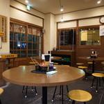 中村商店 - 2015.05 大衆食堂風の店内