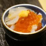 おたる政寿司 - 自分でアレンジ・・(;´∀`)