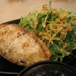 鎌倉 六弥太 - パンパンな鎌倉バーグとたっぷりの野菜