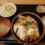 定食屋 六宝亭 - 料理写真:バラかつ丼