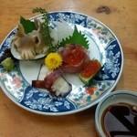 八丈 - 料理写真:刺身(オススメ品)