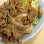 38287455 - 生姜焼き:肉汁をキャベツに絡めて食べるべし