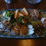 ふく田 - 個別に出して欲しいとお願いしtが、三人前、大皿で出された「季節のおかず盛り合わせ」