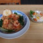 カフェ・ロッキー - 料理写真:エビとホタテのトマトスパゲッティーニ