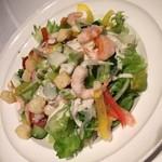 恵比壽ビヤホール - スタンダードプラン(4,800円)の『海老とアボカドのサラダ』2015年5月