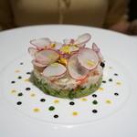 レストラン コートドール - ズワイガニのサラダ、甲殻類のコンソメゼリーと