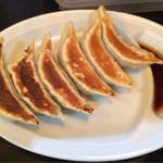 ラーメン大将 - 餃子 結構1個が大き目 単品 300円税込 肉チャーハンセットだと100円引き ノーマルチャーハンセットだと50円引きに