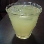 しらいし - オレンジジュース(サービス)