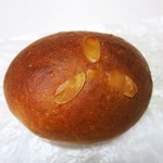 ハナサクベーカリー - クリームパン
