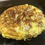 たこ八 - 料理写真:豚モダン¥750