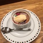 まちかどマルシェ Norakuro - フランス産 栗のクリームブリュレ バニラアイスを添えて