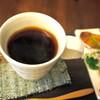 Leaves of grass  - 料理写真:一杯一杯丁寧にお作りするウガンダ産の自然栽培コーヒー