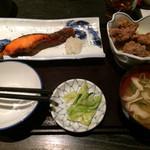 38319611 - 日替わり ¥1000 魚 〜鮭西京焼き〜