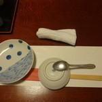 38319976 - お箸、お絞り