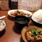 ヤンパオ - 12/04/28 豚のX.O.ジャン定食 日替ハーフ ご飯まんが盛り800円