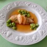 ヴォジュール - 料理写真:舌平目のソテー・グレープフルーツソース