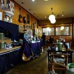 江戸そば 梅の木 - 店主の宮崎氏は趣味でバンド活動をされています。