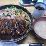 トキワ - ・ウヰンブル丼 950円