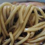 らぁめんの店 小櫻 - 小櫻の麺は少し太め・・・・