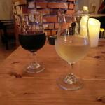 J-CAFE & Bar Motel - グラスワイン 白・赤