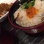 椿家 - 料理写真:炊き込みご飯