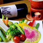セレーノ - 前菜盛り合わせ(2人前) 色取り取りの旬の食材を使ったお得な盛り合わせ。当店の人気定番メニュー。