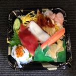 カネキチ - 料理写真:寿司得まつり限定  上ちらし 562円   2015年5月26日訪問