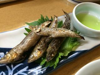 楽庵 - 天然あゆ塩焼き(¥550)