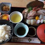 ドライブインやまだ - 刺身定食(¥1850)