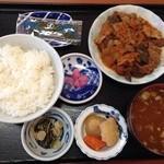 こめっこ - 牛すじ定食700円税込
