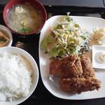 じぱんぐ - 気になるランチ650円(税込)。ご飯、味噌汁お替り自由
