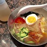 焼肉&酒食楽 凪 - ミニ冷麺 530円