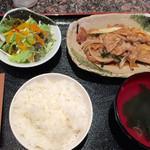 焼肉&酒食楽 凪 - 豚生姜焼定食 720円