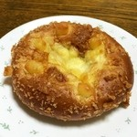 ブーランジェリー パルク - また 焼き込みチーズカレーを(笑)