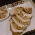 38364822 - 鶏むね肉炭火焼。是非食べて頂きたい一品