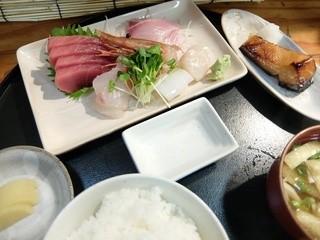 東風 - 刺身定食