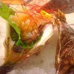 日比野市場鮮魚浜焼きセンター - 岩ガキ