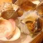 日比野市場鮮魚浜焼きセンター - サザエもオススメ