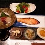 和食工房 - 美味しい料理