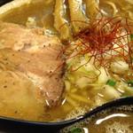 ラーメン スミス - ニボ爆裂スープ