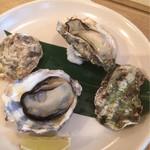 38372077 - やっぱり焼き牡蠣はいかなきゃですが宮島産の生物は今月いっぱいで来月からは冷凍物になるそう^^;