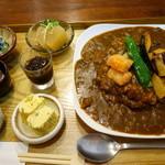 イシノナカ - カレー定食