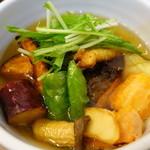 イシノナカ - 揚げ鱈と豆腐と夏野菜の揚げ出し(名前適当)