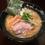 らーめん なが田 - 濃厚鶏だし醤油ラーメン790円