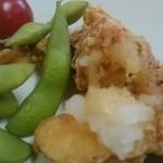 わらびや - 枝豆と若鶏唐揚げ(お任せ&飲み放題①)